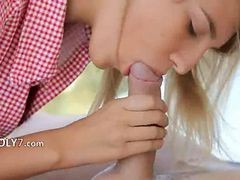 Brainparking Blonde Gives Cute Blowjob