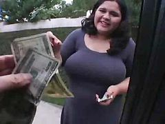 Karla Lane Is Given A Ride In Exchange For Awesome Blowjob