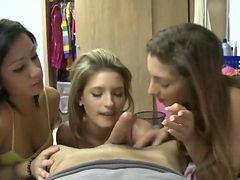Real Amateur Girlfriends Homemade Blowjob Action